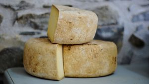 10 MOST EXPENSIVE CHEESE IN THE WORLD